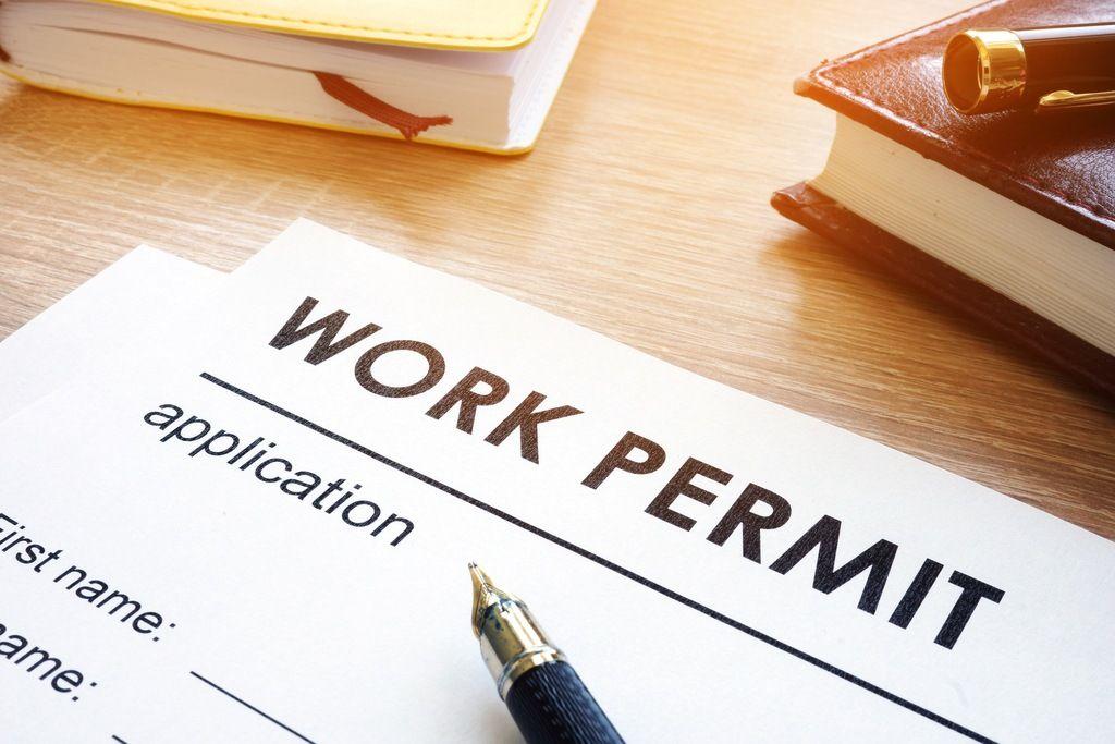 مدارک لازم برای ویزای کاری کانادا
