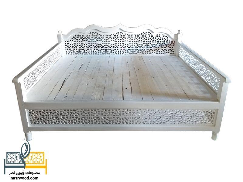 تخت سنتی سفید
