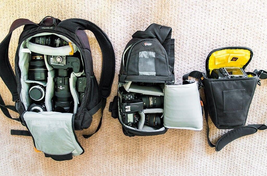 دوربین عکاسی و کیف