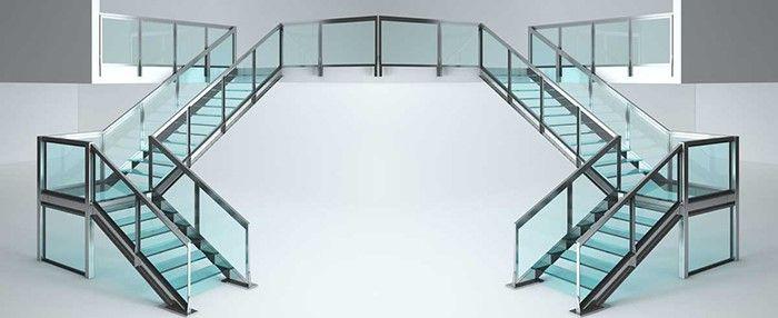 راه پله شیشه ای ایران لاکوبل