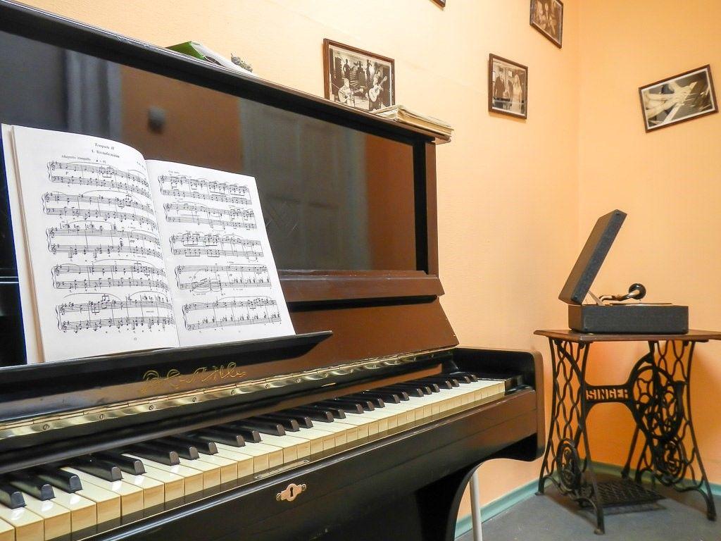 مزیت های پیانو آکوستیک و پیانو دیجیتال