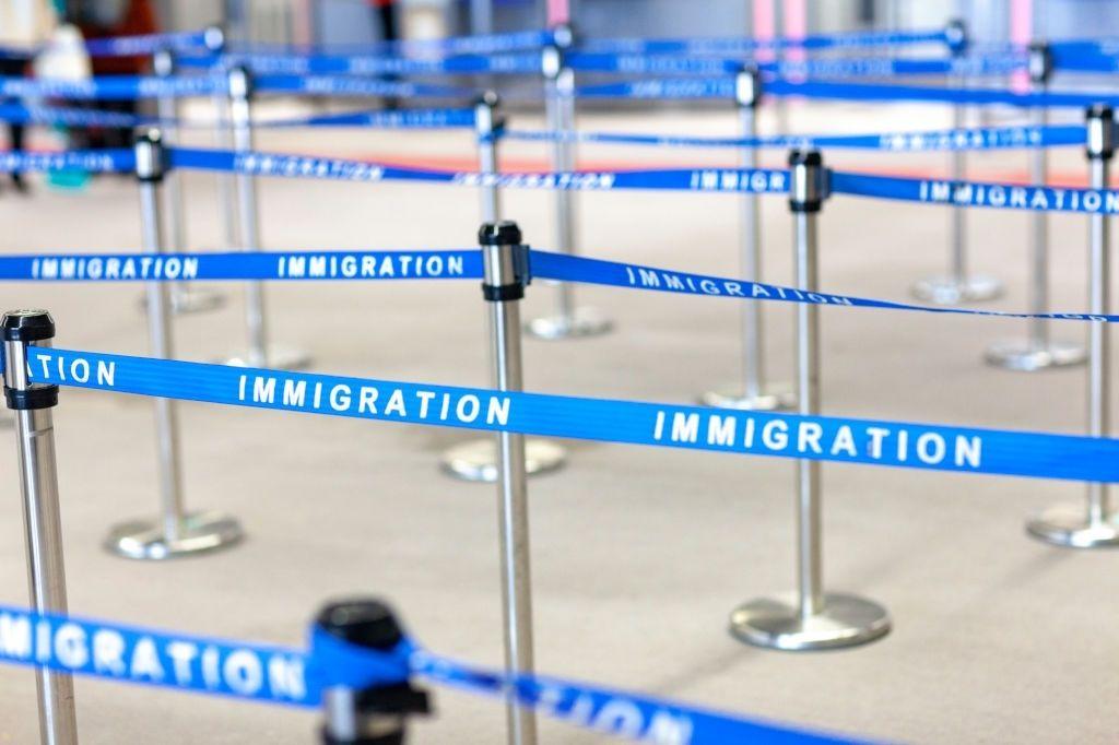 مهاجرت به خارج از کشور