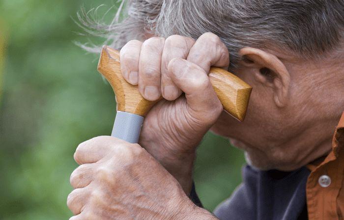 آلزایمر، یک بیماری رایج در سالمندان